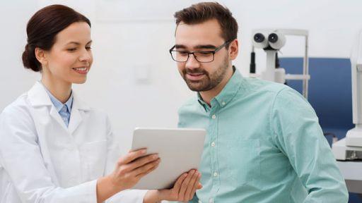 Akių patikrinimas – kodėl testas internetu negali pakeisti gydytojo?