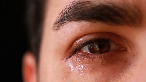 8 priežastys dažniau išsiverkti arba kokią naudą mums suteikia verkimas