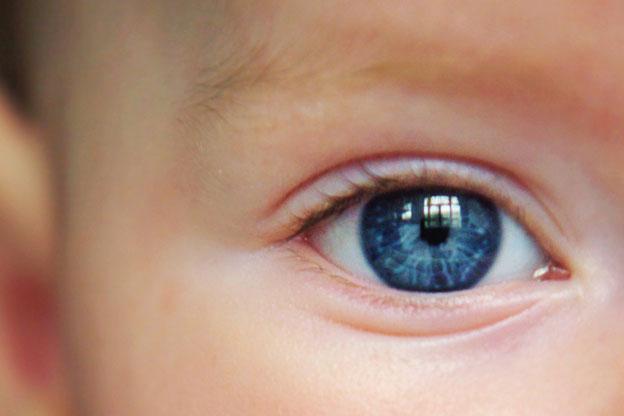 Kaip vystosi kūdikių rega ir į ką reikia atkreipti dėmesį?